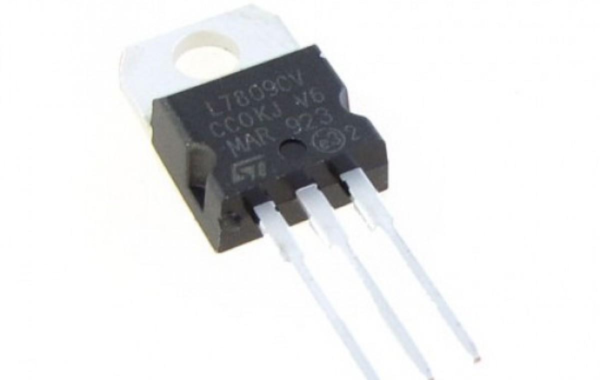Voltage Regulator - 9V-EE1103-P1