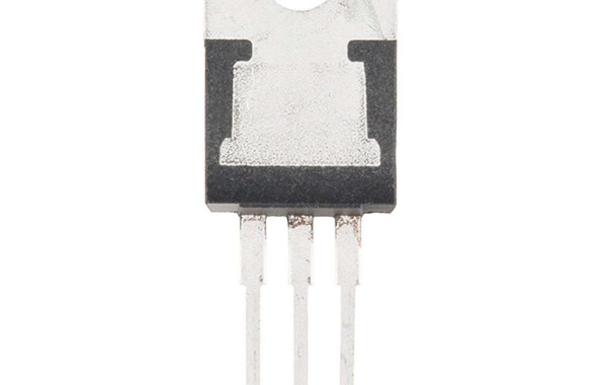 Voltage Regulator - 12V-EE1104-P1